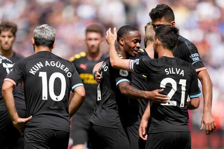 Manchester City começa Liga com goleada no terreno do West Ham