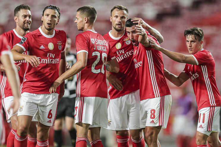 O Benfica defronta o Famalicão esta quinta-feira