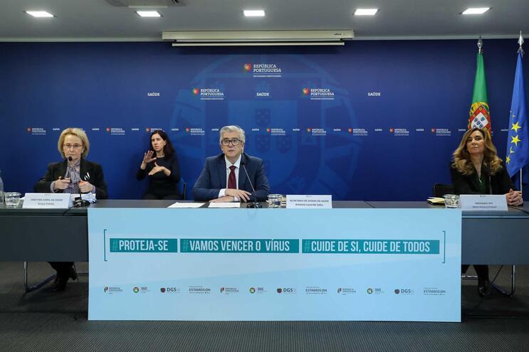 Portugal inicia colheita de plasma de doentes recuperados