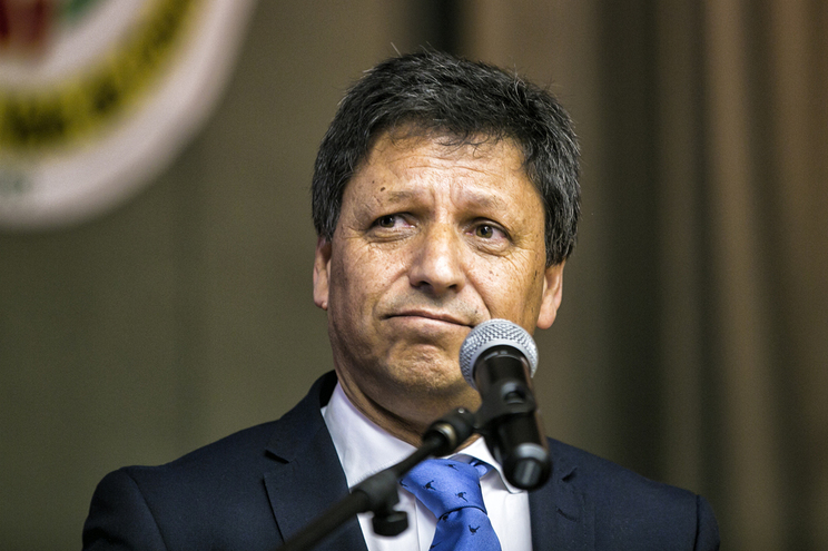 Secretário de Estado José Artur Neves atira responsabilidades   do contrato para  a Autoridade Nacional