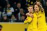 Dortmund de Raphael Guerreiro goleia e recupera diferença para o Bayern Munique