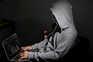 Primeira página em 60 segundos: Consumo de sites e televisão pirata dispara na pandemia