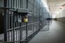 Primeira página em 60 segundos: Violadores e pedófilos isolados nas cadeias
