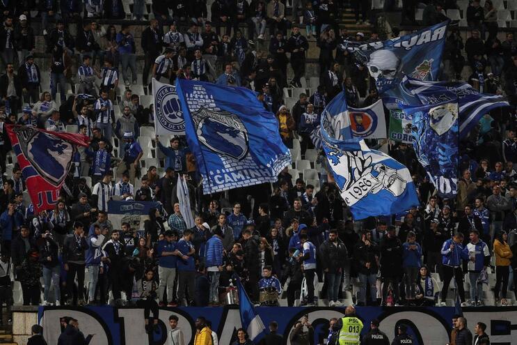 """F. C. Porto responde ao Benfica: """"É palha para burros e há sempre quem a coma"""""""
