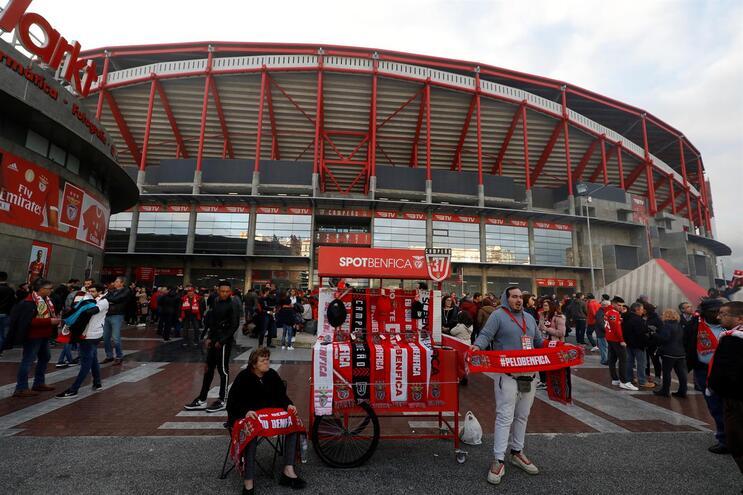 Siga em direto o Benfica - Famalicão