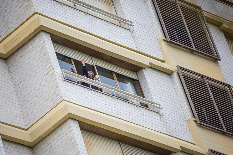 Nove moradores continuam no prédio Coutinho