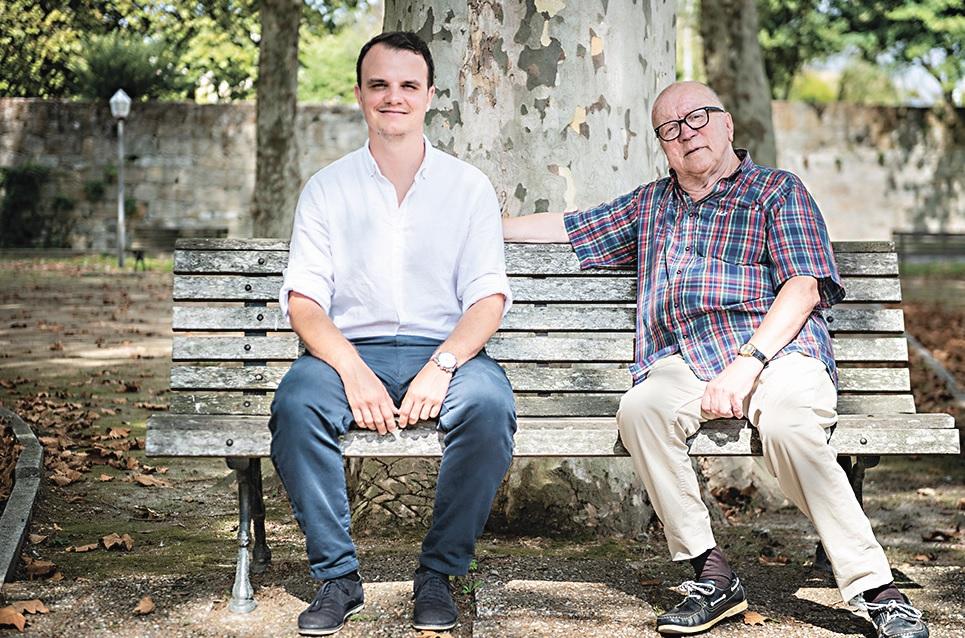 Hugo Trindade e Jorge Carvalho, do Movimento pela Reposição da Freguesia da Senhora da Hora