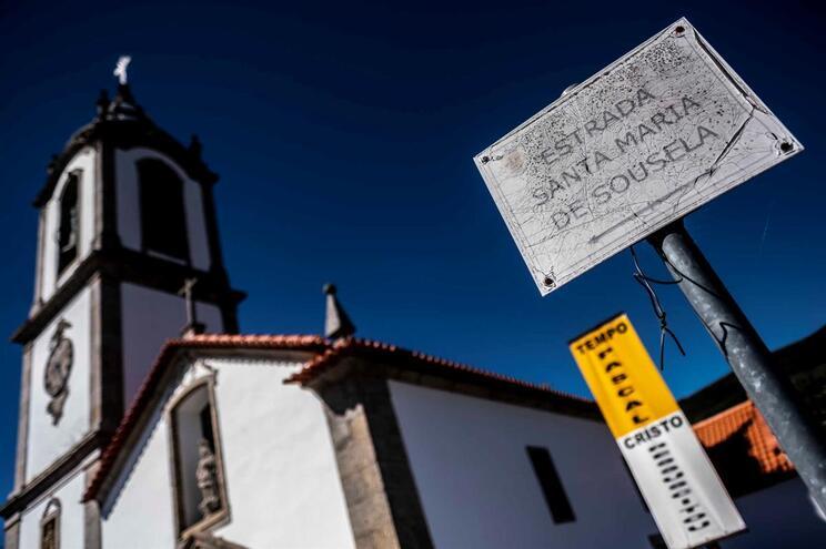 Padre de Santa Maria de Sousela tem dois filhos e já assumiu à diocese do Porto