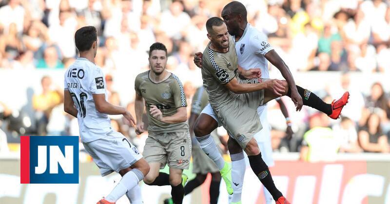 Boavista empata em Guimarães com golo nos descontos
