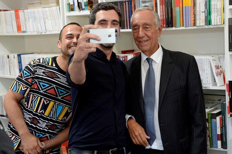 Marcelo esteve no Norte do país e passou pela Feira do Livro do Porto