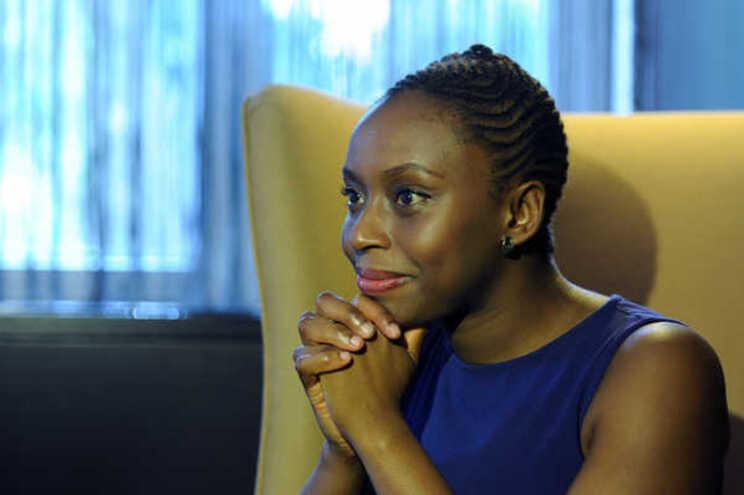 A escritora nigeriana ChimamandaNgozi Adichie será hoje a protagonista do primeirodebate do Fórumdo