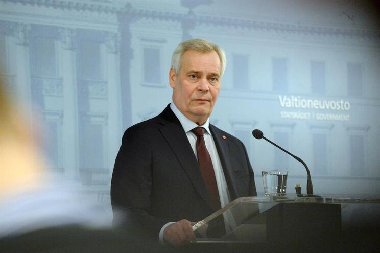 Primeiro-ministro da Finlândia apresenta demissão