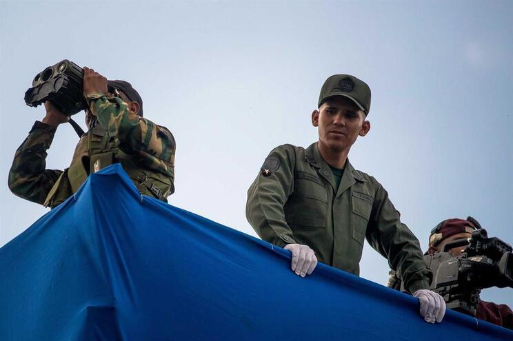 Movimento Soldados de Flanelas reivindica atentado a Maduro