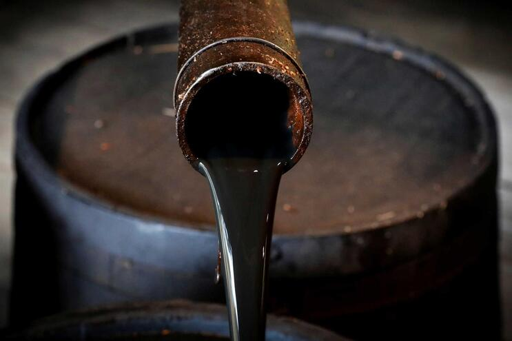 Iraque garante que produção e exportação de petróleo estão normais