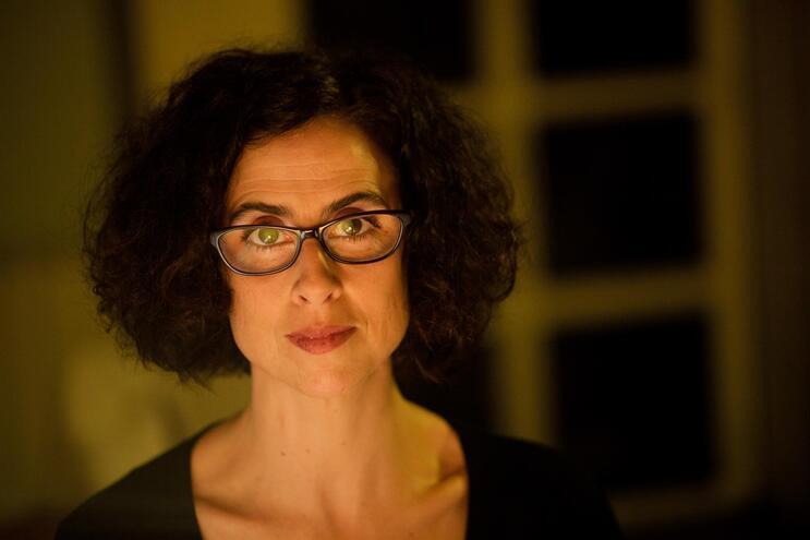 Alexandra Lucas Coelho recebe em Braga Prémio de Literatura de Viagens