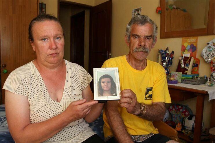 Médicos absolvidos por negligência em morte de jovem de Paredes
