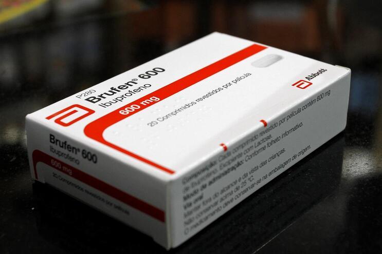Brufen é uma das designações comerciais deste medicamento
