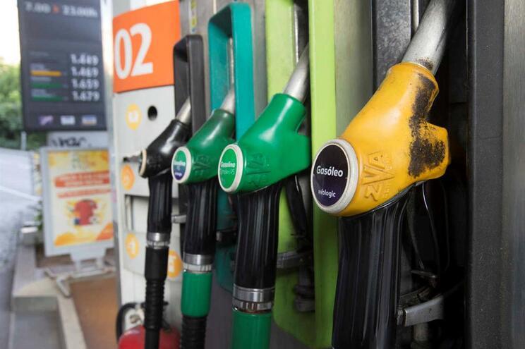 Bomba de abastecimento de combustível  (Pedro Correia/Global Imagens)