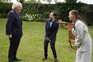 Boris Johnson com os enfermeiros Luís Pitarma e Jenny McGee
