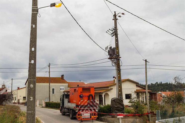 EDP recorreu a 98 geradores e três centrais móveis