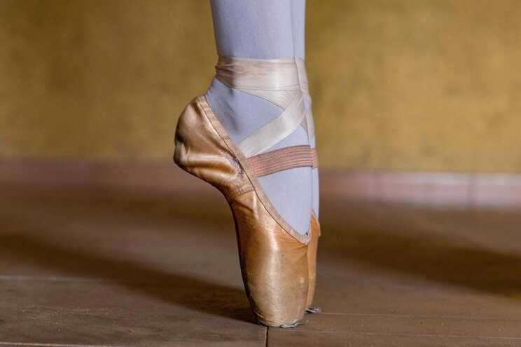 Escolas de dança aguardam novas regras