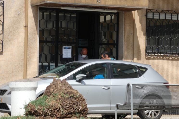 O engenheiro florestal detido, esta tarde, à saída da PJ de Braga