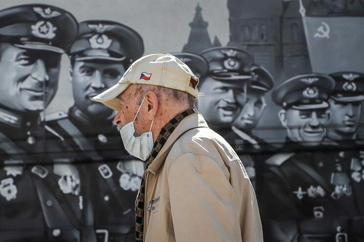 Rússia regista 1280 mortes de covid-19