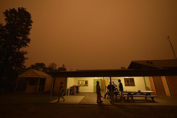 Fogos na Austrália continuam a assustar