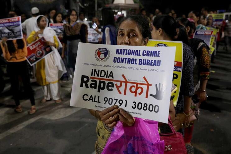 Protestos contra as violações na Índia