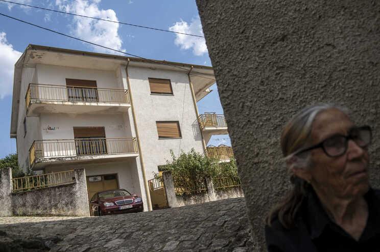 Casa onde mãe e filho viviam