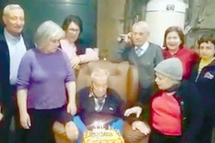 Tribunal anulou testamento a favor da empregada que casou com patrão de 101 anos