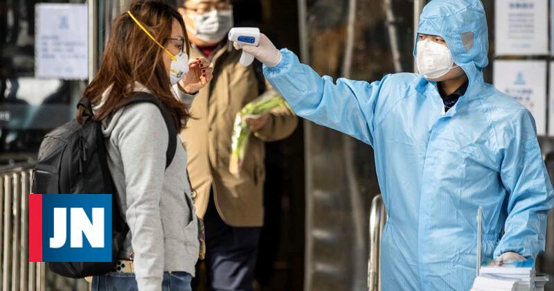 The number of coronavirus deaths in mainland China rises 1807