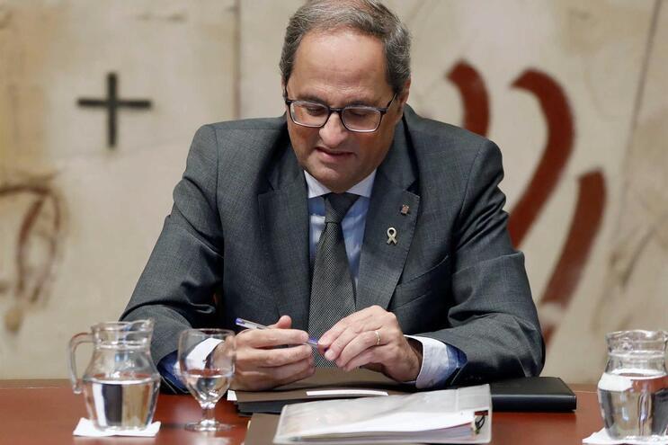 Presidente da Catalunha nega ligações a independentistas acusados de integrar grupo terrorista