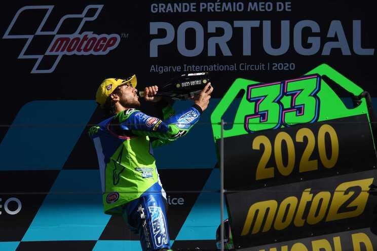 Italiano Enea Bastianini sagra-se campeão mundial de Moto2