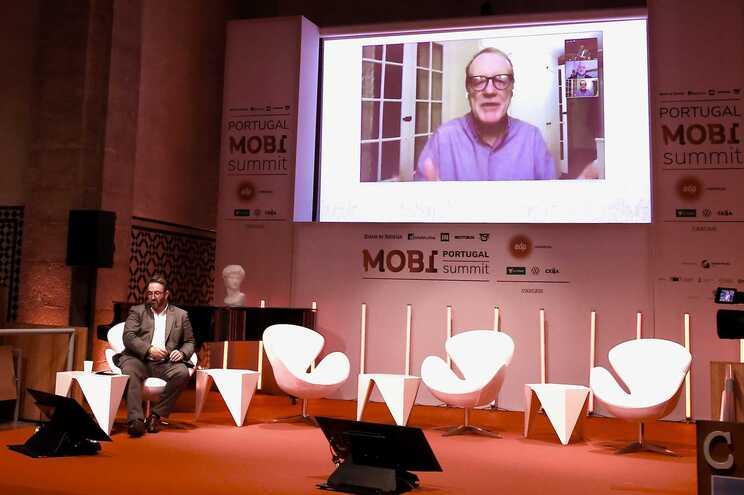 """Neil Sipe: """"O futuro da mobilidade será liderado pelas cidades e não pelos governos"""""""