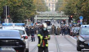 Os ataques em França que resultaram em quatro mortes e outras notícias em 60 segundos