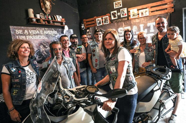 Asfalto Friends são uma referência entre quem usa a paixão pelas motos para ajudar os outros