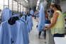 Na Under Blue, as férias foram adiadas para setembro para se dar resposta às encomendas atrasadas