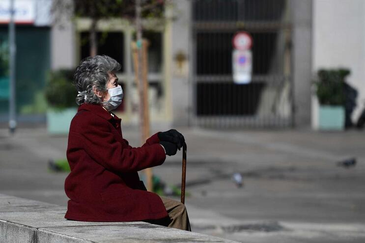 Número de pessoas infetadas em todo o Mundo pelo Covid-19 aumentou para 105.836, das quais morreram 3595