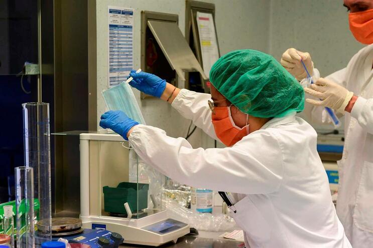 Hay 3786 nuevos casos de infección.
