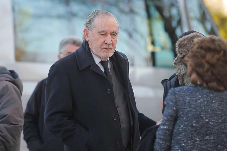 """Aos 85 anos, antigo presidente da República pediu """"aos mais velhos"""" para darem o exemplo"""
