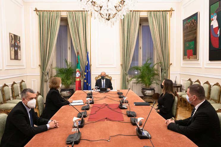 Representantes do Sindepor com o presidente da República