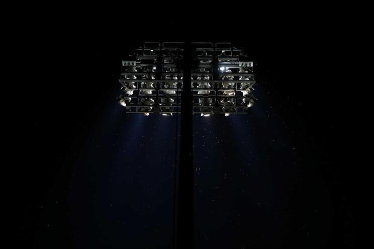 A luz artificial à noite pode afetar a vida dos insetos