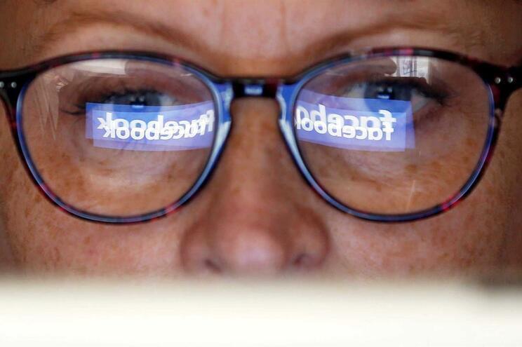 "Facebook News. O ""feed"" de notícias vai ser escrito por jornalistas"
