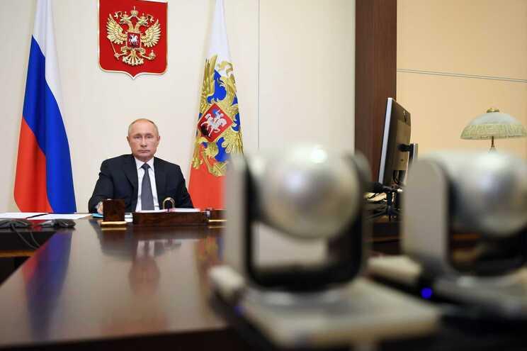O Presidente russo, Vladimir Putin, anunciou, esta terça-feira, que a Rússia se tornou o primeiro país