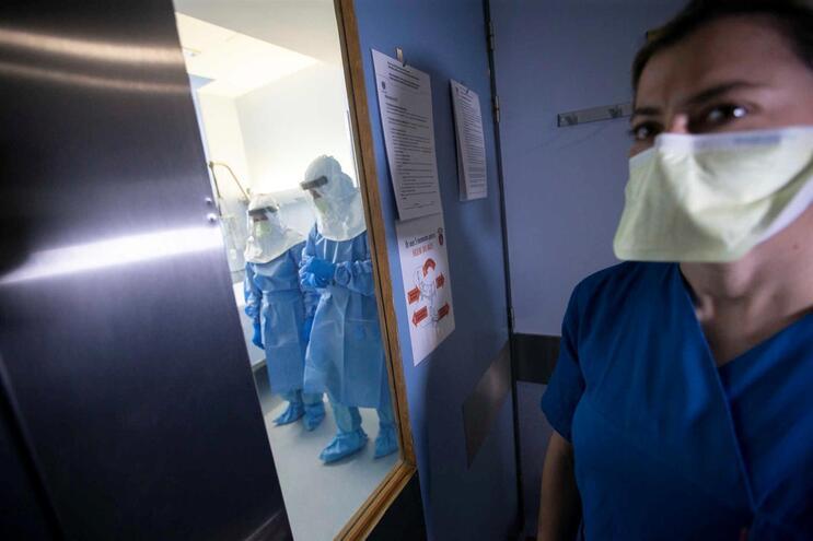 Ministério diz que iniciaram funções cerca de 500 enfermeiros