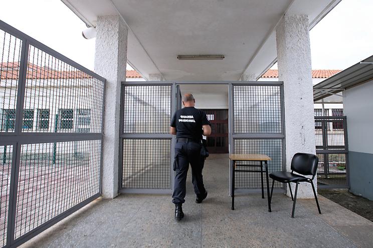 Pedófilo condenado em Inglaterra cumpre pena em Portugal
