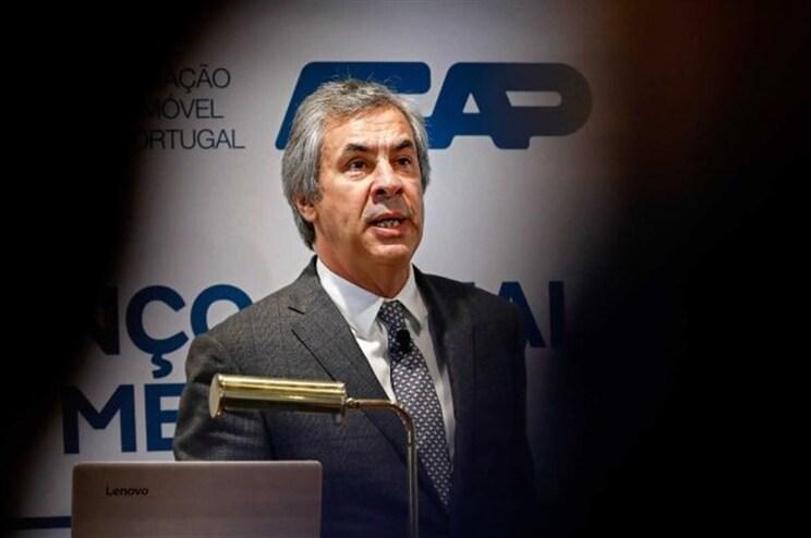 """Palavras de ministro sobre carros a gasóleo """"não correspondem à realidade"""""""