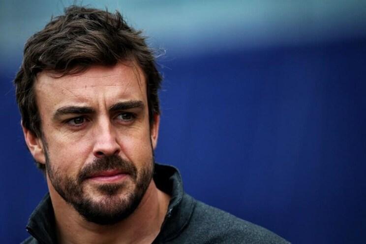 """Alonso recorda """"erro"""" de 2007, abstinência da Ferrari e não fecha porta a regresso"""