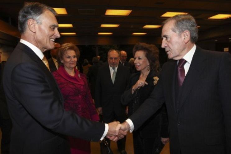 Cavaco Silva cumprimenta Ramalho Eanes